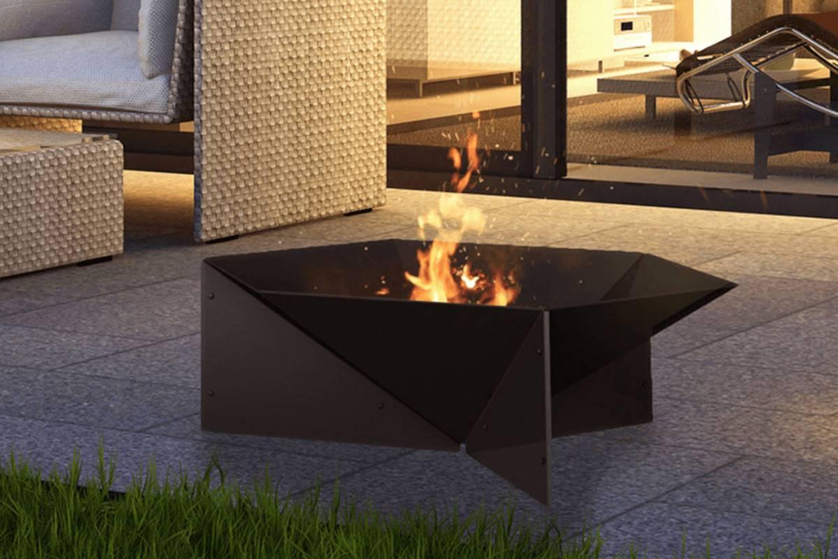 braciere barbecue in acciaio nero da giardino gamma
